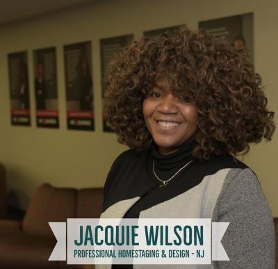 Jacquie Headshot